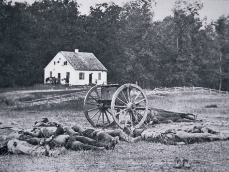 Battle casualties near the Dunker Church. Image: Library of Congress